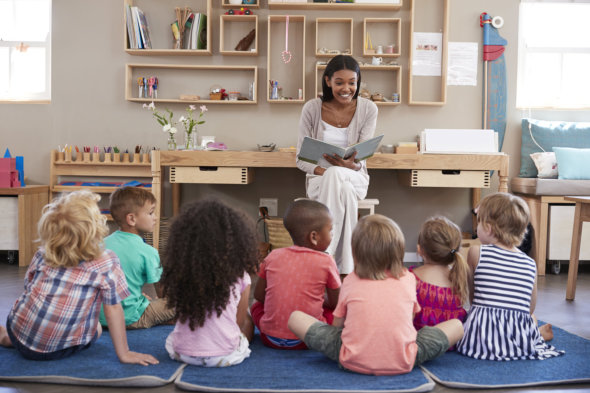 Benefits of Telling Stories to Kids